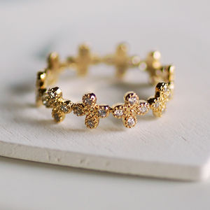 Dainty Flower Ring