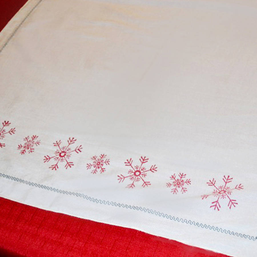 JUST CLOTHING runner > christmas COMPANY RUNNER SNOWFLAKE table TABLE CHRISTMAS  red RED >