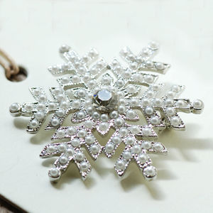 Vintage Style Snowflake Brooch - pins & brooches