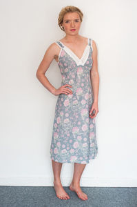 Nightie With Straps In French Fleurs Dove Grey Print - lingerie & nightwear