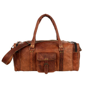 Large Brown Leather Holdall Zipped Pockets