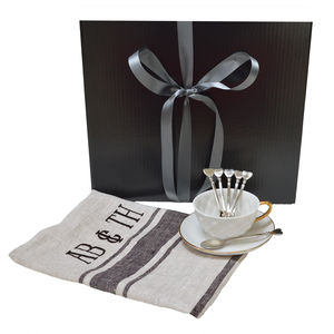 Gift Hamper For Your Loved One