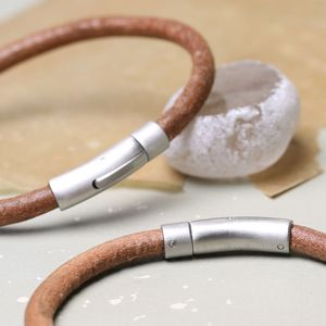 Engraved Men's Smooth Tan Leather Bracelet