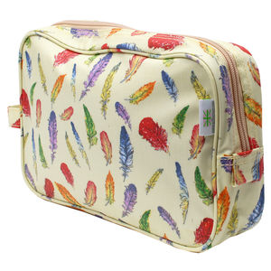 Cream Feathers Traditional Washbag - wash & toiletry bags