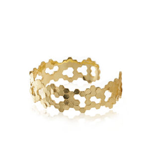 Honeycomb Textured Cuff