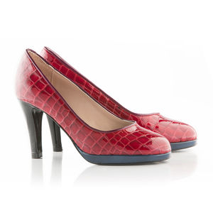 Mock Croc Patent Leather Platform Shoes - women's fashion