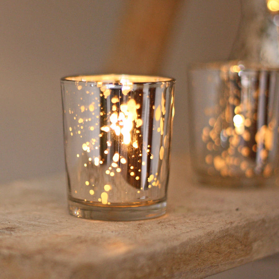About Scented Tea Lights Our smallest candle form, Tea Light Candles (12 to a box) enhance the ambiance of candlelight and add instant impact to any space when used in multiples. The wicks safely extinguish once all the wax has been consumed.