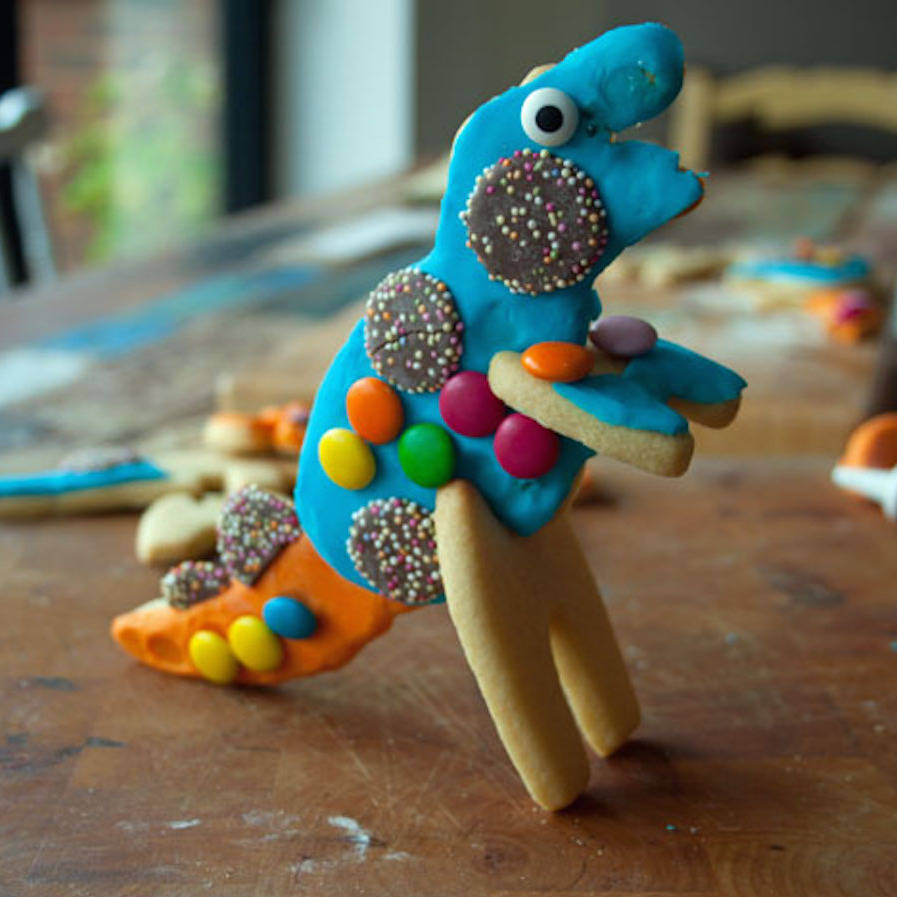 Children's 3d dinosaur biscuit decorating kit by bkd ...