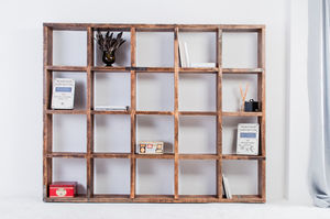 Bazany Reclaimed Pine 20 Aperture Display Cube Fixture