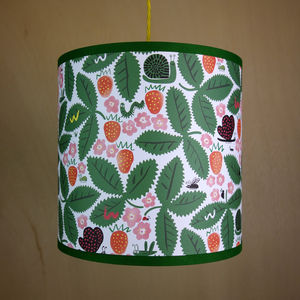 Lampshade Wild Strawberries