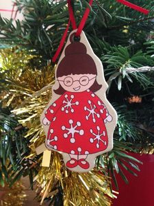 10 Make Your Own Christmas Tree Decorations