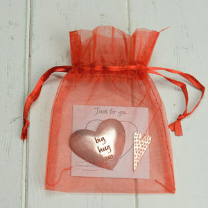 Pewter 'Big Hug' Message Token - wedding favours