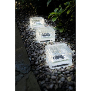 Single Ice Cube Solar Garden Light