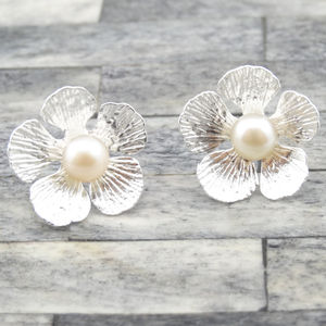 Flower Pearl Earrings - earrings