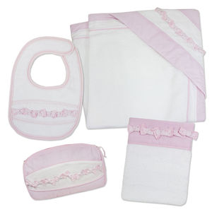 Newborn Baby Girl Bath Time Gift Set - baby changing