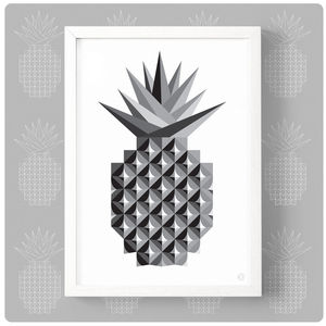 Mono Geometric Pineapple Print