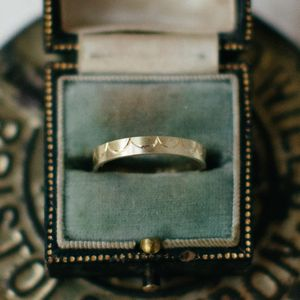 Scalloped Pattern Wedding Ring