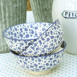Set Of Three Blue Daisy Bowls