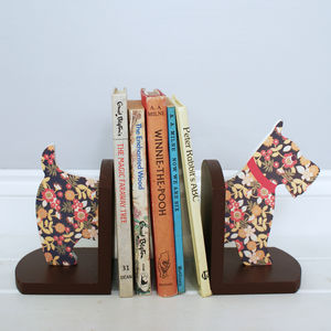 Wooden Scottie Dog Bookends