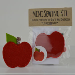 Mini Apple Brooch Sewing Kit