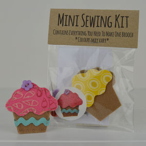 Mini Cupcake Brooch Sewing Kit