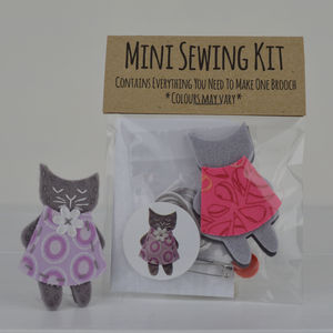 Mini Kitty Brooch Sewing Kit