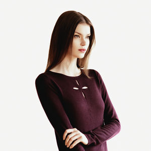 20% 0ff Cutout Neckline Top In Bordeaux