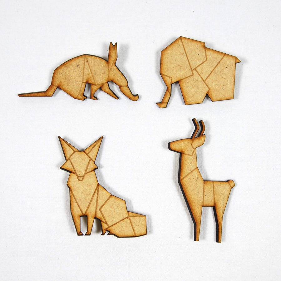 paper animals Origami animals instructions for cats, dogs, cranes, fish, swan, pig, tiger and even an origami flapping bird don't forget to try the origami frog as well.