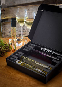 A Wine Tasting Hamper - foodies