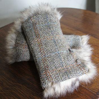 Chocolate brown and cream herringbone harris tweed wrist warmers