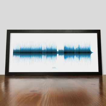 Red sound wave print