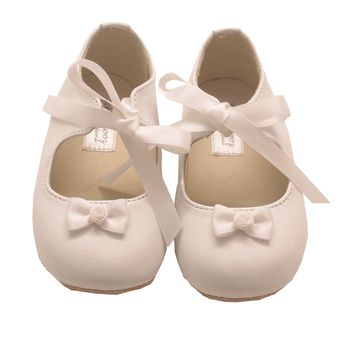Handmade White Rosebud And Ribbon Baby Shoes