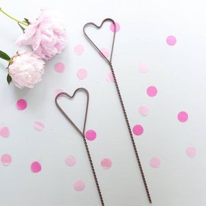 Tall Metal Heart Place Card Holder