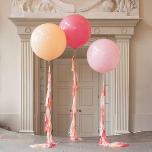 Peach Blossom Tassel Tail Giant Balloon