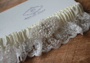 New 2015 Vintage Inspired 'Lux' Bridal Garter