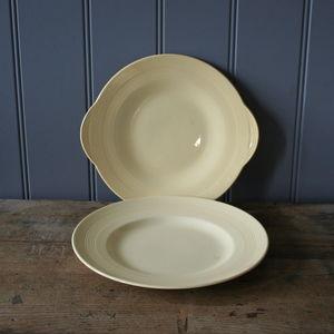 A Set Of Jasmine Plates