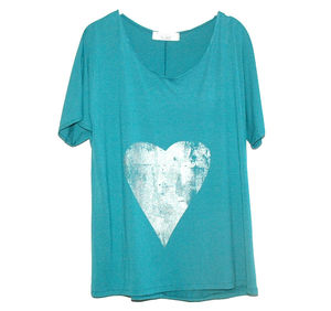 Turquoise Heart Hand Printed Tee - women's fashion