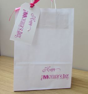 Vintage Happy Mothers Day Gift Bag And Tag : Two Sizes - wrapping