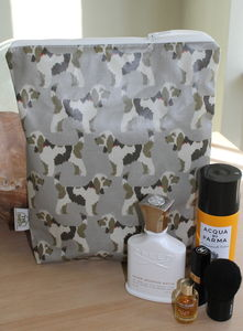 Herbie Hound Wash Bag - make-up & wash bags