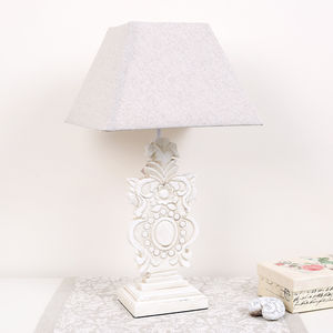 Traditional Table Lamp With Shade - living room