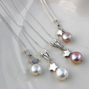 Mama Et Moi Pearl Pendants With Stars For Bridesmaids - necklaces & pendants