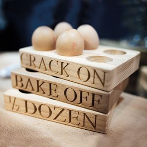 Six Egg Holder Crack On
