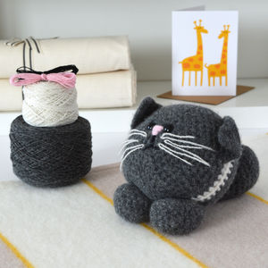 Kitten Learn To Crochet Kit - gifts for her sale