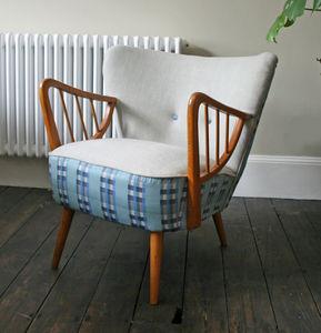 Vintage 1950's Spoke Armed Cocktail Chair - furniture