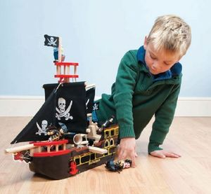 Barbarossa Wooden Pirate Ship - toys & games