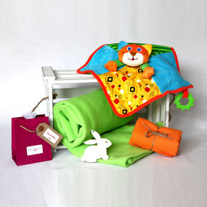 Animal Blanket And Comforter Baby Gift Box - gift sets