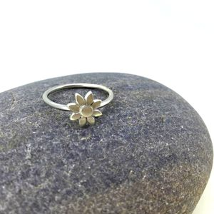 Silver Daisy Ring - rings