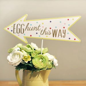 Easter Egg Hunt Sign - decorative letters & signs