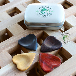 Heart Tones Guitar Picks / Plectrums In A Gift Tin