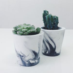 White/Black Or White/Grey Marbled Cement Pot - garden